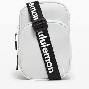 NWT Lululemon belt bag